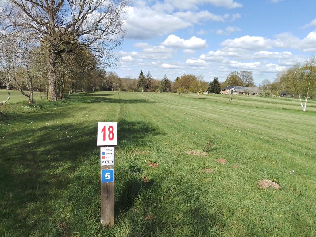 piste-numero-18-swin-golf-la-roche-goven
